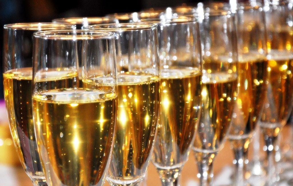 Горячее шампанское