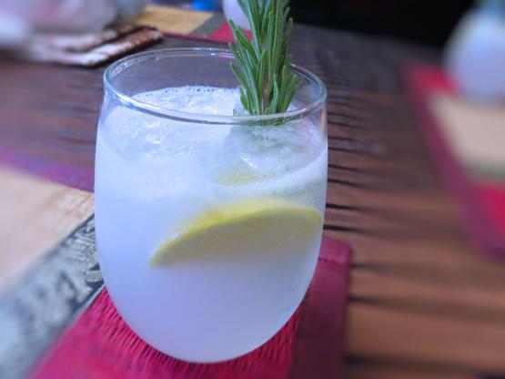 Джин Bitter Lemon