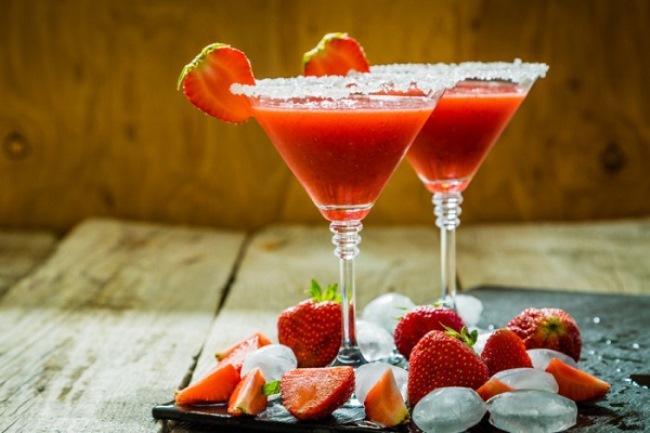 Коктейль Клубничная Маргарита (Cocktail Strawberry Margarita)