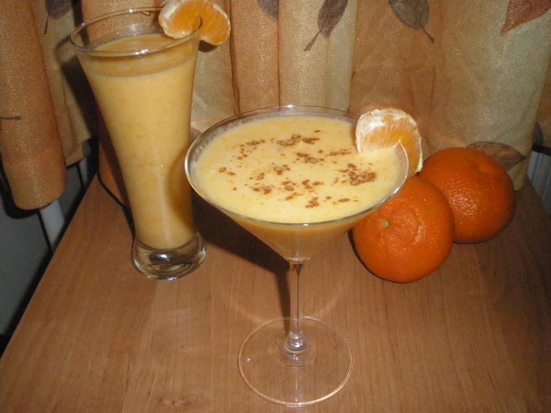 Молочный коктейль с мандарином