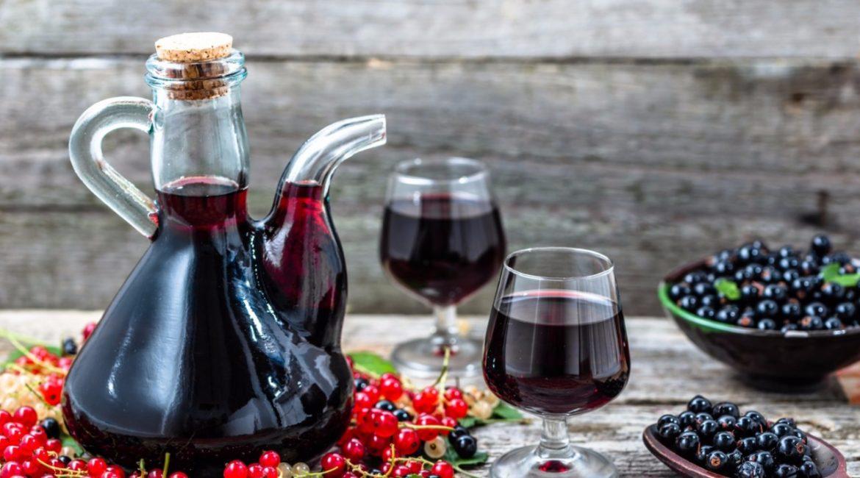 Настойка из черной и красной смородины на водке