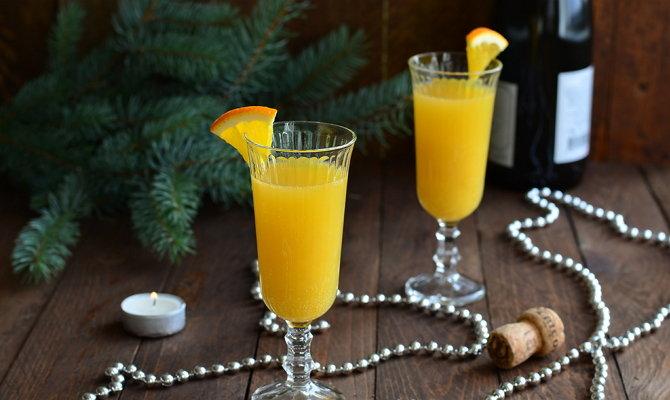 Апельсиновый холодный напиток с шампанским