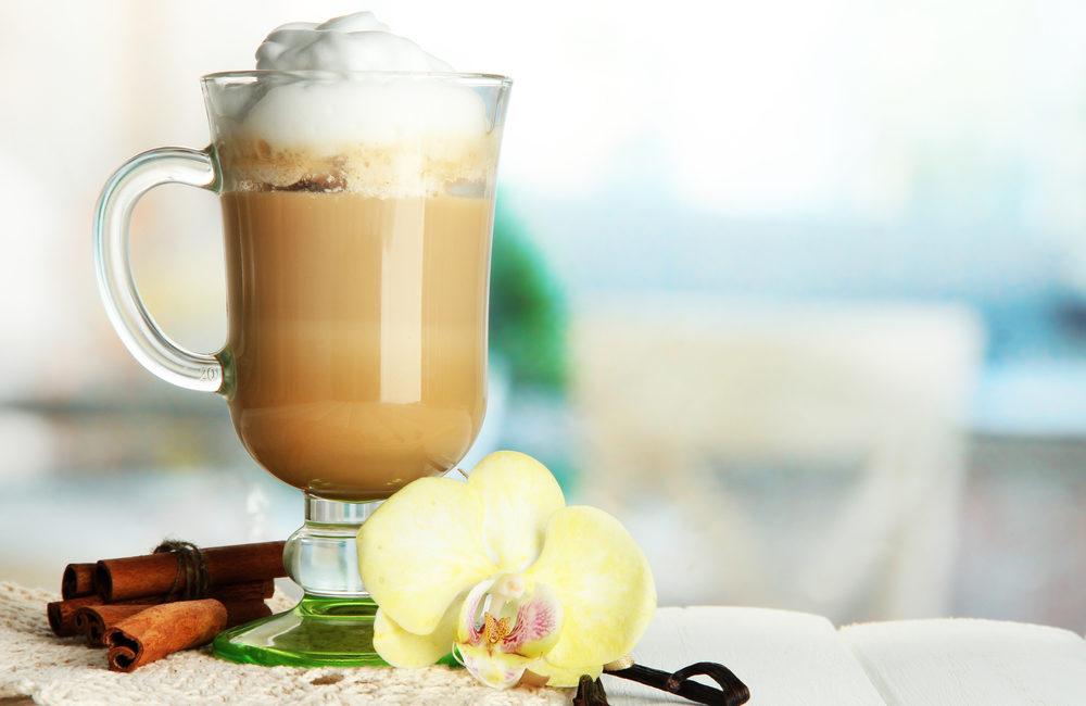Ванильный холодный кофе