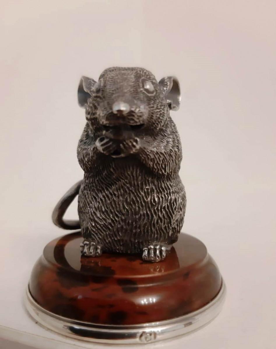 Мышь из серебра